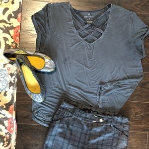 🎇🇺🇸4/24 American Eagle 🦅 gray t shirt